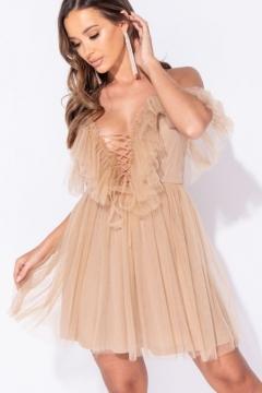 Cine poate purta o rochie babydoll